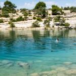 Baignade dans le lac d'Esparron