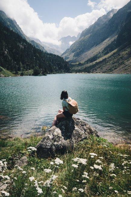 pause détente au lac de Gaube
